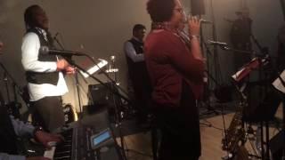 Bekijk video 4 van Alegria op YouTube
