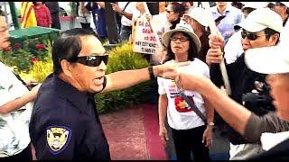Biểu tình chống show có ca sĩ Đàm Vĩnh Hưng