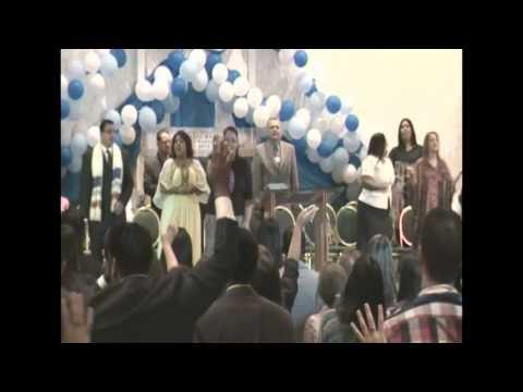 Abre Los Cielos/ Derrama tu Gloria- Sharon Lugo en la Convencion Regional AJEC Sudeste 2012