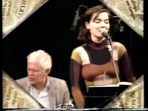 Björk - Brestir Og Brak (Crackle And Bang) - (Snippet) - Gling-Gló - Live (1990) - [DVD Rip HD]