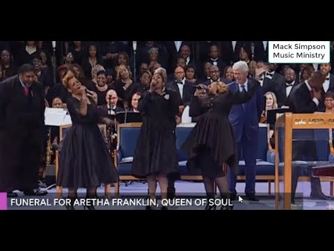 Smokie Robinson and the Clark Sisters Perform at Aretha Franklin's Funeral