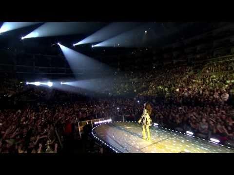 Black Eyed Peas @ Staples Center (HD) - Meet Me Halfway