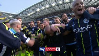 Manchester City celebrate winning the 2018/19 Premier League title! 🏆