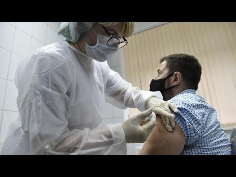 """روسيا تؤكد أن لقاحها """"سبوتنيك 5"""" المضاد لكوفيد-19 فعّال بنسبة 95 بالمئة…"""