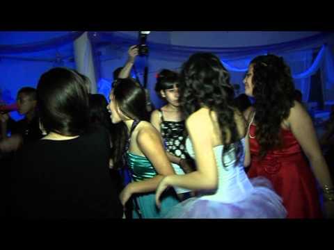 BAILE EN LA FIESTA DE 15 AÑOS DE ELIANA