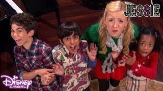 Jessie | Christmas Tree Trouble 🌲 | Disney Channel UK
