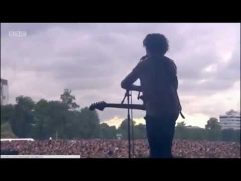 The 1975 - Girls (Live @ Radio 1's Big Weekend 2014)
