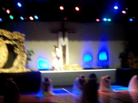 Danza con mantos,El Reina