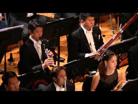 Smoke & Mirrors, Elliott Gyger / Joshua Hyde, Thailand Philharmonic Orchestra