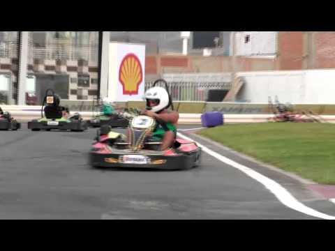 Crazy Cart con Yamila y Erito (Combate)