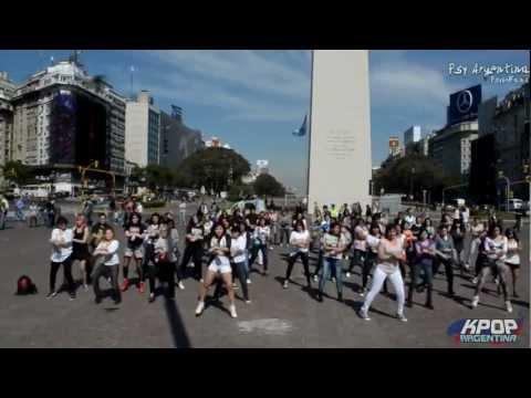 [010912] Psy Argentina Psyco Fans - Flashmob of Gangnam Style!