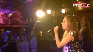 Bekijk video 2 van Prezz op YouTube