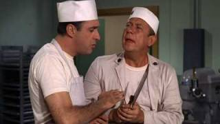 Sgt. Hacker instructs Gomer Pyle in the kitchen