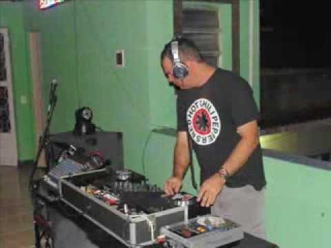 Baixar DJ MALUCÃO:ESSE É O CARA!!!! / funk batidão 02