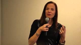 O que faz uma Cidade ser Criativa? | Ana Carla Fonseca | TEDxJardins