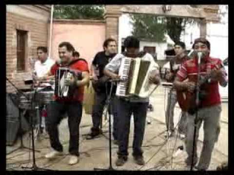 Los Taitas en la casa de Eduardo Veliz