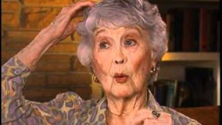 "Betty Garrett discusses being cast on ""All in the Family"" - EMMYTVLEGENDS"
