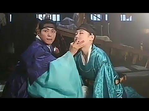 Park Bo Gum ❤Kim Yoo Jung 🌹 L O V E in the Moonlight Beautiful Scenes & Sweet Moments Part 1