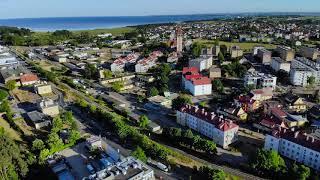 Lot nad miejscowością Władysławowo. Muzyka: bensound-summer