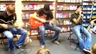 Septemeber 10th 2005 Instore acoustic set - Silverstein