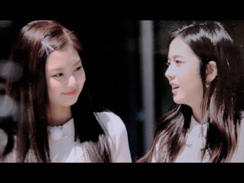 Jennie is whipped for Jisoo (Jensoo)