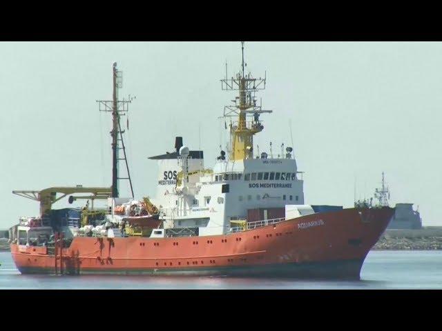 滯留地中海一週 水瓶座號移民抵西班牙