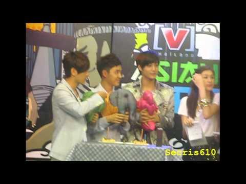 KaiSoo at Channel V's Asian Hero 120729.avi