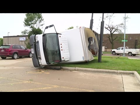 Powerful storm slams Sioux Falls, S.D.; no deaths