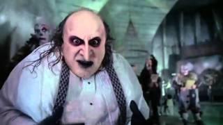"""All comments on Batman Returns - il Pinguino: """"Non un tantino, è ...: https://www.youtube.com/all_comments?v=MEoHP28xX0E"""