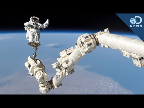 NASA Making Urgent Space Repairs On Christmas Day - Smashpipe Science
