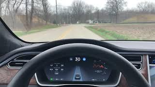 Tesla AutoPilot (AP 2.5) 2018.10.4 on Road Without Lane Lines