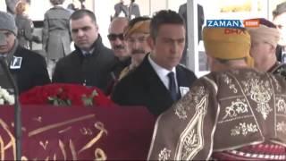 Mustafa Koç'un tabutuna osmanlı sancağı