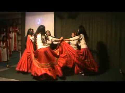 IGLESIA PENTECOSTAL DE CUENCA-ECUADOR - danza hnas ITA