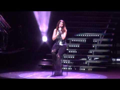Laura Pausini - Medley Románticos Clásicos ( Movistar Arena, Santiago de Chile - 27.01.2012 )