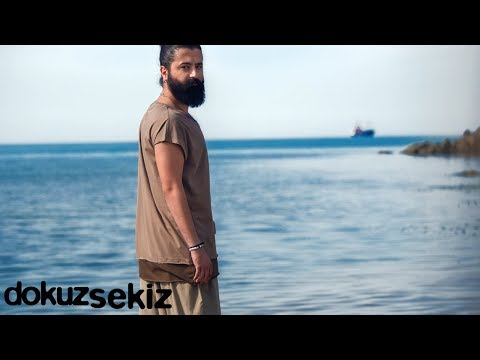 Koray Avcı - Hangimiz Sevmedik (Lyric Video)