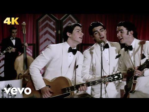 Jonas Brothers - Lovebug (Official Music Video)