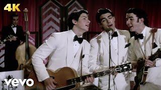 Jonas Brothers - Lovebug (Official Video)