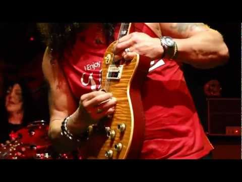 Baixar Slash ft. Myles Kennedy - Slash's Solo / Anastasia (Sound Academy, Toronto, ON - 09/23/12)