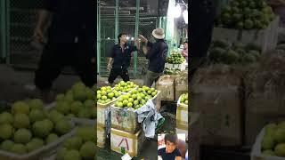 Đánh Nhau ở Chợ 2019
