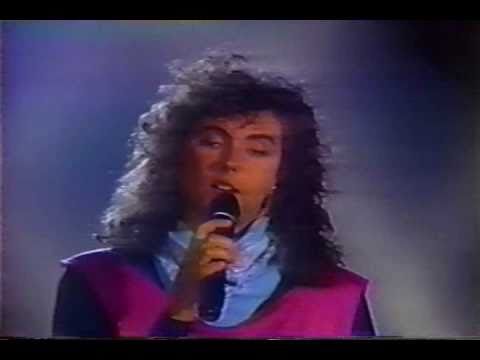 Laura Branigan - 'How Am I Supposed To Live Without You', Solid Gold