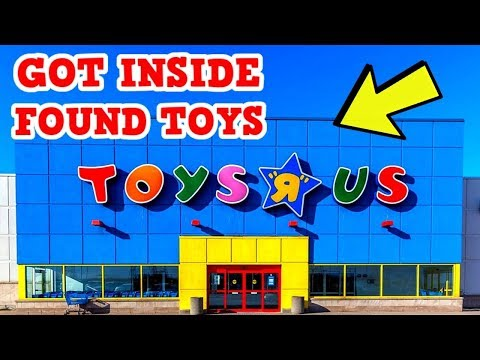 ABANDONED Toys R Us - Got Inside & Found Toys
