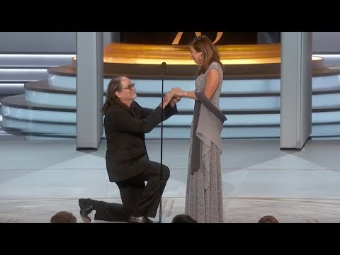 Glenn Weiss Proposes To His Girlfriend After Winning The Emmy For Directing The Oscars
