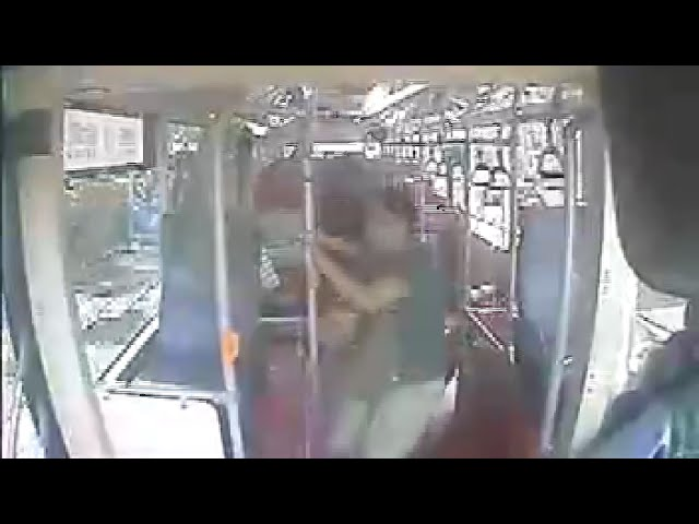 公車急煞女撞頭致死 法院:未握緊扶桿應自負部分責任
