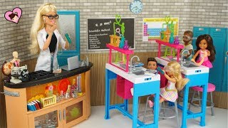 Barbie Doll Teaches Science Class  To Chelsea with Real Experiments - Doll School Lab
