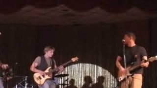 """Billy Magnussen & The Dash - """"Shine"""" (Live)"""