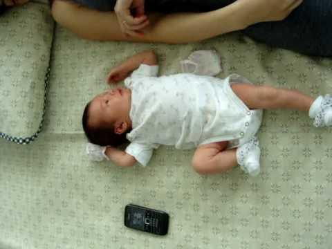 une chanson douce bebe et maman youtube. Black Bedroom Furniture Sets. Home Design Ideas