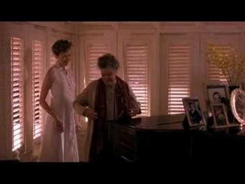 Love Affair (1994) - Katharine Hepburn playing piano : )
