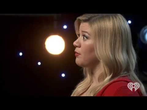 Baixar Kelly Clarkson - Live - Please Come Home For Christmas (iHeartRadio exclusive)