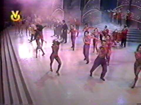Wilfrido Vargas- El Baile del Perrito