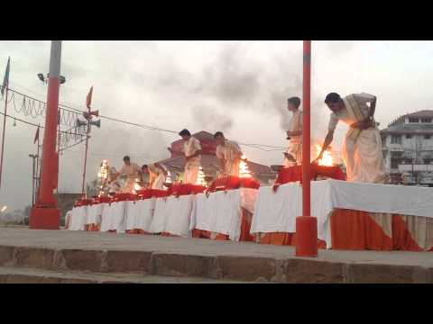 Ganga Aarti Assi Ghat Varansi India 5